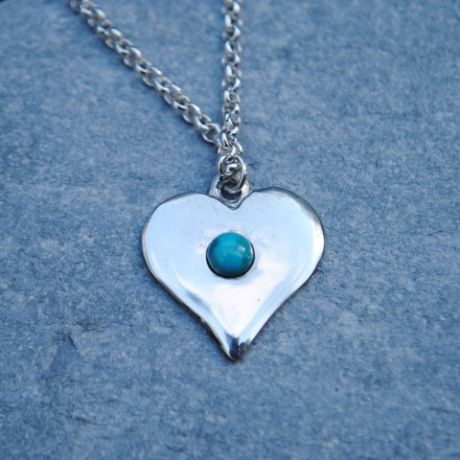 Gemstone heart pendant necklace P56